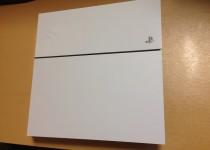 PS4を分解して修理してみた(PS4清掃&ファン修理)